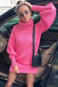 Rochie scurta tip pulover cu guler Maeva Pink